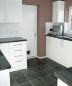 Two bed Maisonette with private garden
